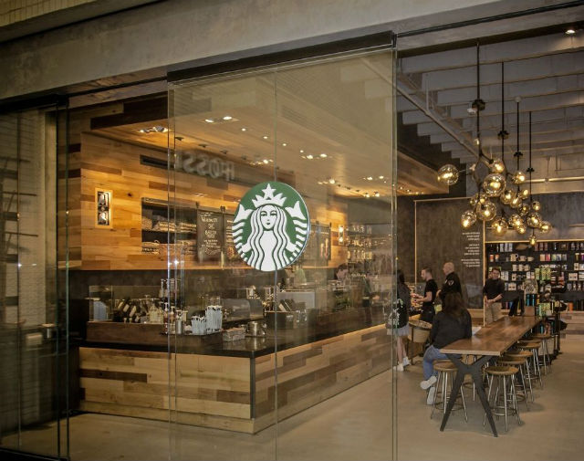 Starbucks Reports Record Holiday & Record Q1 FY17 Results
